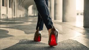 صورة اتيكيت المشي , قواعد الاتيكيت في المشي