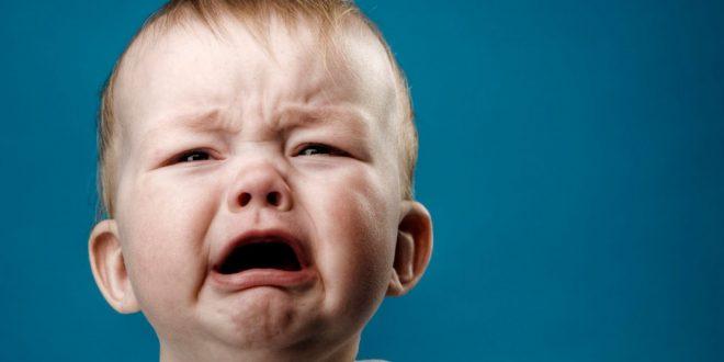 صورة بكاء طفل , الملائكه الصغار يبكون بكاء الاطفال