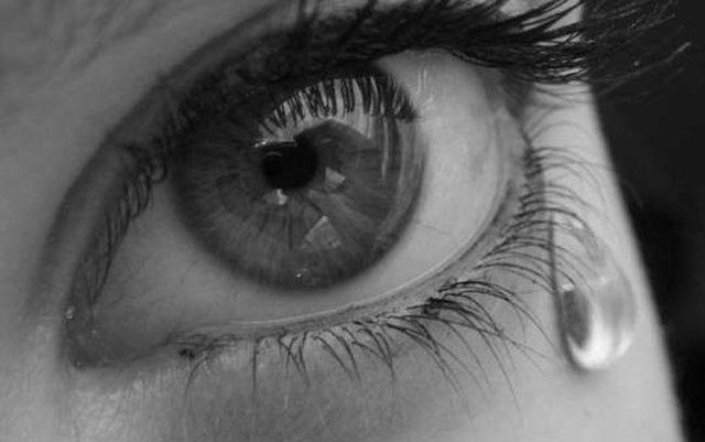 صورة حلمت اني ابكي بشدة , تفسير البكاء فى الحلم