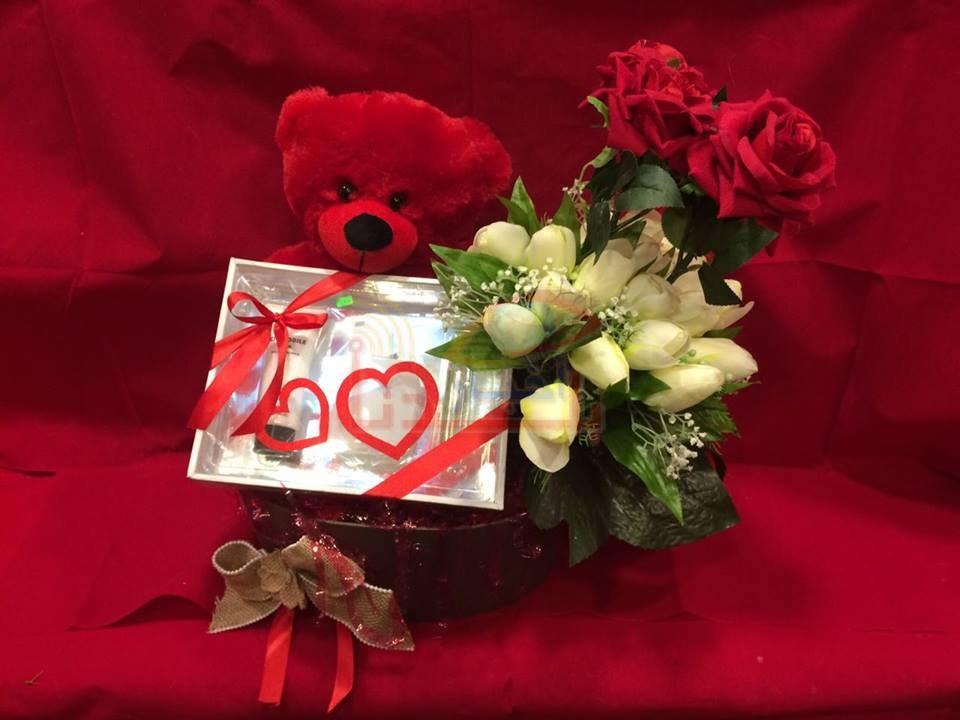 صور صور هدايا عيد الحب , الحب واجمل الهدايا لعيد الحب