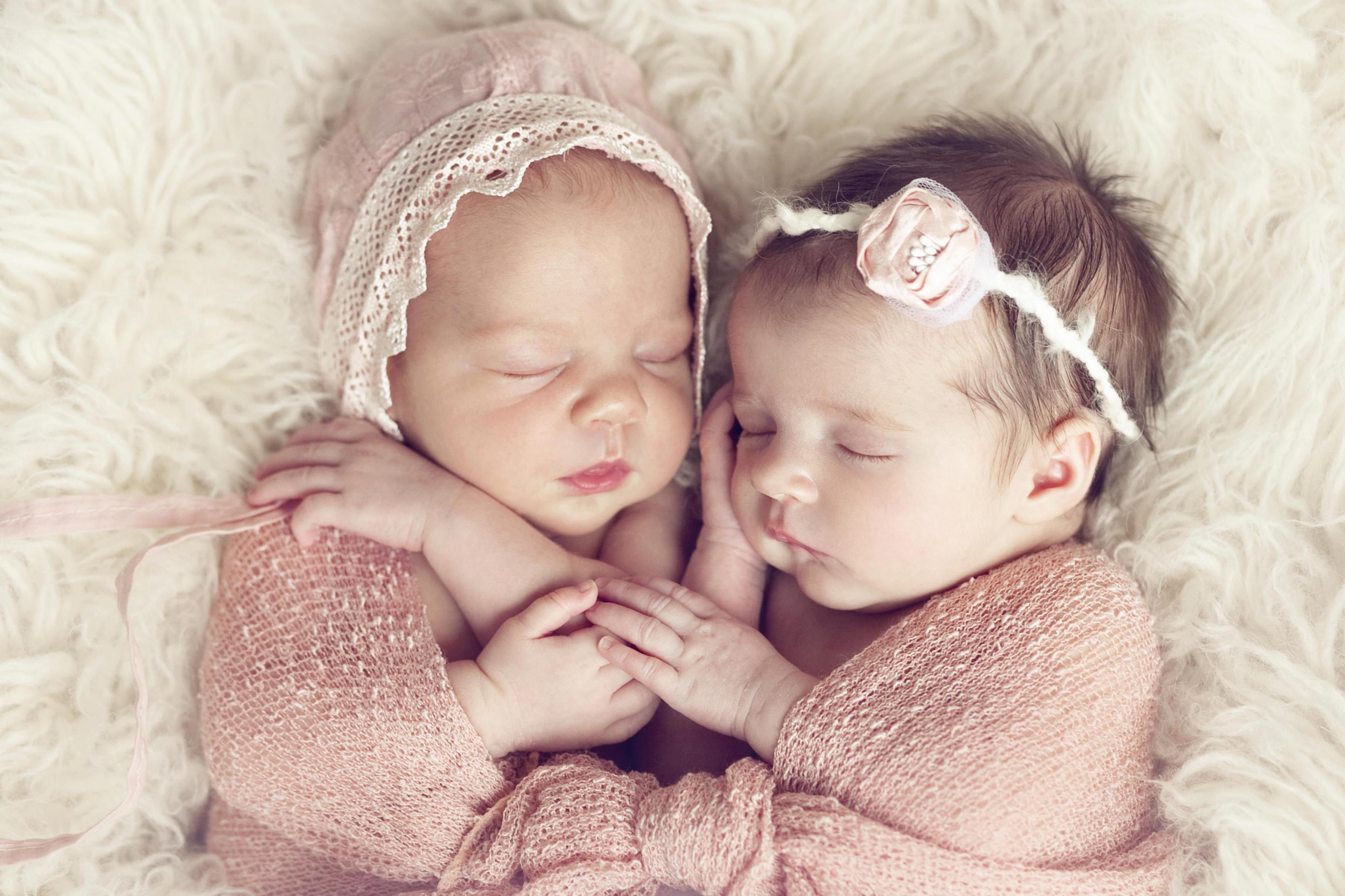 صورة اجمل الصور اطفال في العالم , الاطفال وسحرها واجمل التصرفات 6667 5