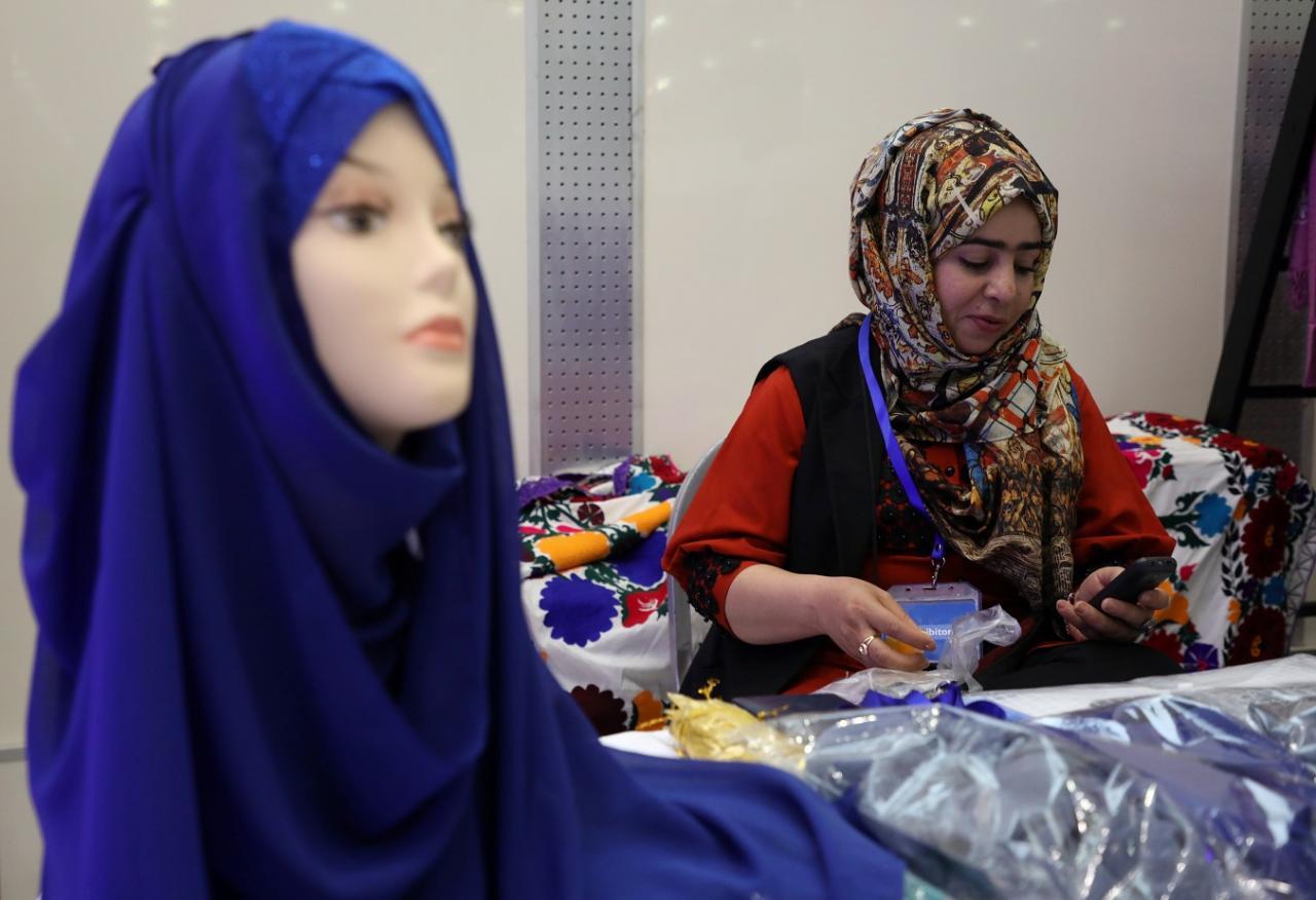 صورة بنات افغانيات , يتميزون بالاختلاف كثيرا 6120 6