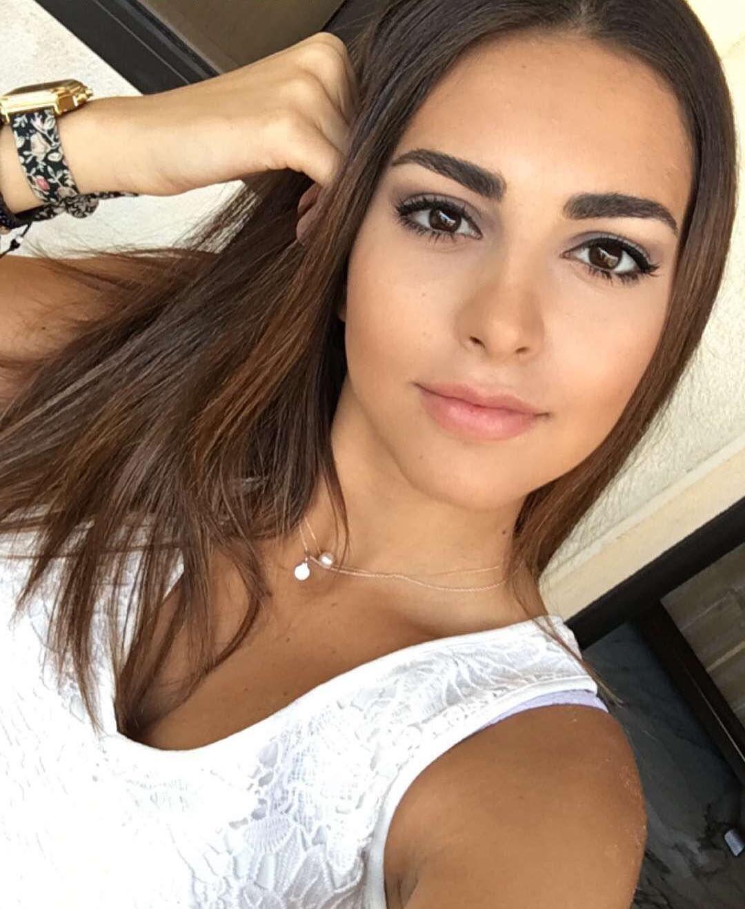 صورة اجمل لبنانية، جمالهم لا يعلوا عليه