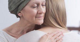 صورة عندك سرطان وخايفه تعدي ولادك , هل السرطان مرض معدي